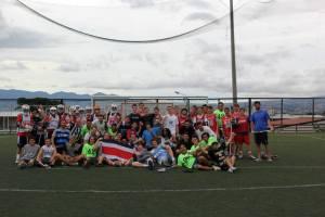 Los equipos de Student Cultural Exchange en el primer Super Sumer Slam, en 2014.