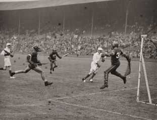 Lacrosse_at_the_Olympics,_London,_1948._(7649951098)